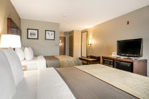 Comfort Inn Auburn - Federal Way - Auburn, WA 98002