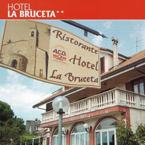 Hotel Ristorante La Bruceta, Cremolino | BedroomVillas.com