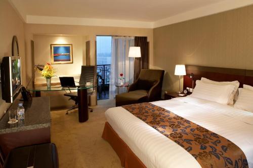 Jianguo Hotel photo 28