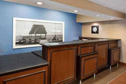 Hampton Inn Chicago-Tinley Park Photo