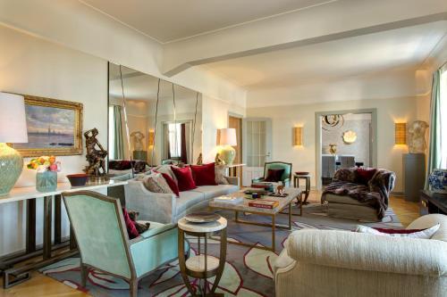 Hotel Astoria - 1 of 149