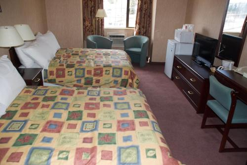 Kimberley Inn & Suites - Kimberley, BC V1A 1Z4