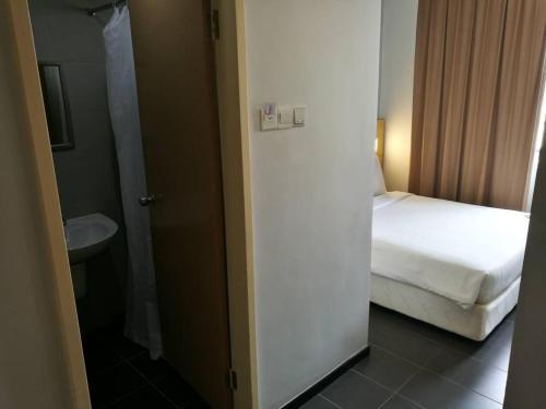 Hotel Seri Perkasa Kg. Ayer photo 3