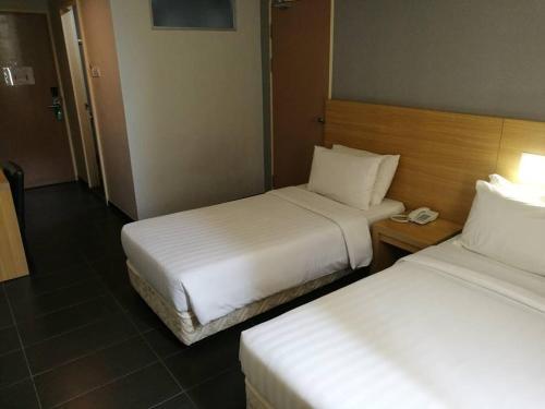 Hotel Seri Perkasa Kg. Ayer photo 7
