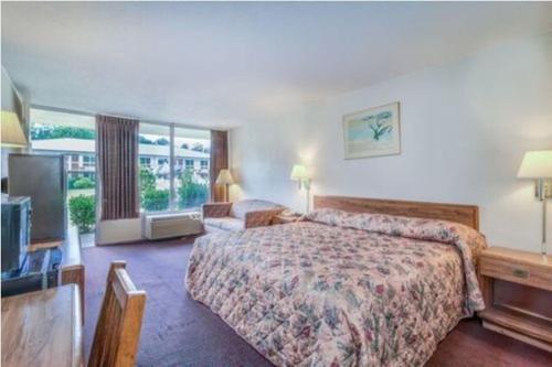Guest Inn - Aiken, SC 29801