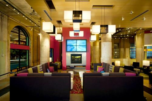 Aloft Dallas Downtown photo 28