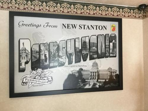 Super 8 New Stanton Photo