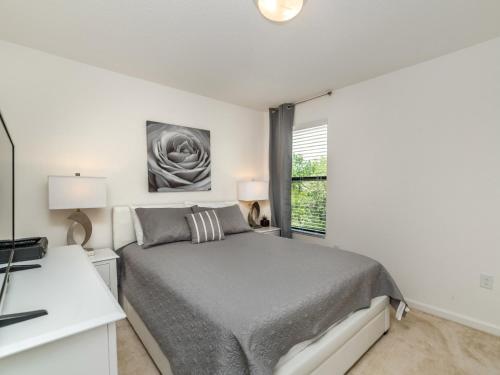 Home 6 Bedrooms 4.5 Baths (224370) - Kissimmee, FL 34746