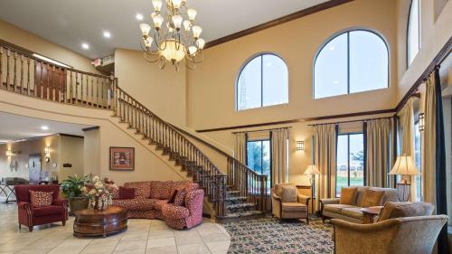 Best Western Plus Victoria Inn & Suites - Victoria, TX 77904