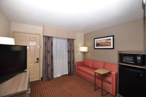 Best Western Plus Executive Suites Albuquerque Photo