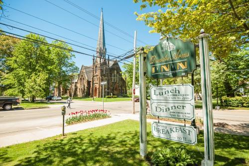 Dundee Arms Inn Photo
