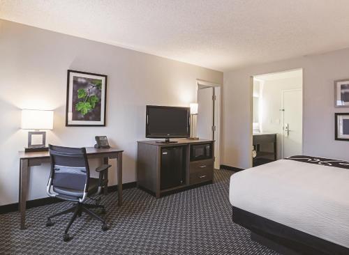 La Quinta Inn & Suites Atlanta Midtown – Buckhead Photo