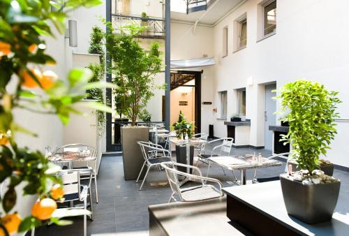 Opera Garden Hotel & Apartments photo 7