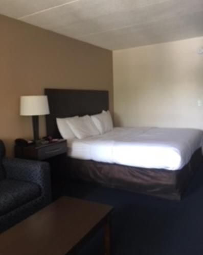 Econo Lodge Inn & Suites - Rehoboth Beach Photo