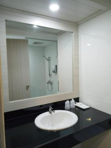 Seruni International Hotel photo 30