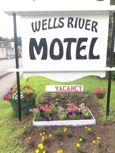 Wells River Motel Photo
