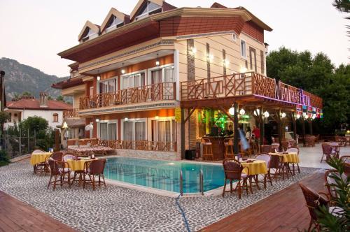 Icmeler Mavera Hotel telefon