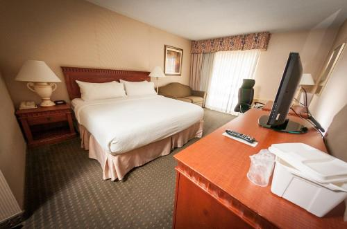 Sunbridge Hotel & Conference Centre - Cambridge, ON N3C 1Z4