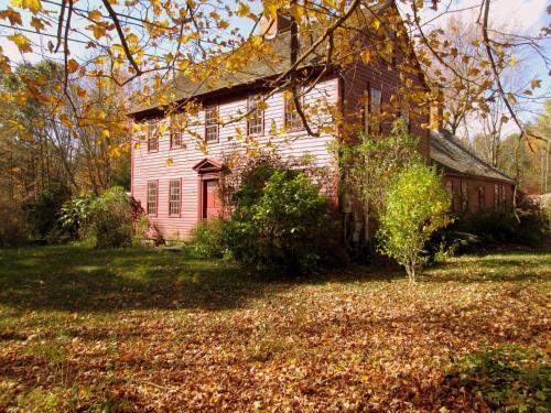Henrietta House B & B - Ashford, CT 06278