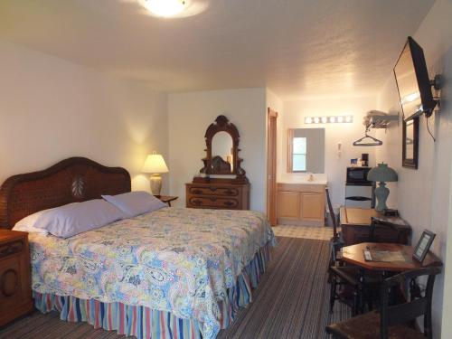 Scarborough Inn Photo