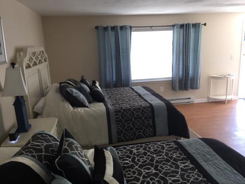 Shore Road Inn - Old Lyme, CT 06371