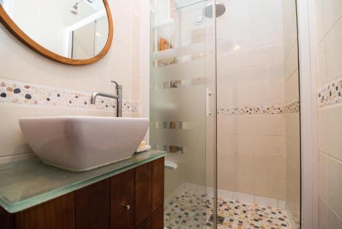 Appartement 3 Chambres sur Oberkampf - Location saisonnière, 147 Rue ...
