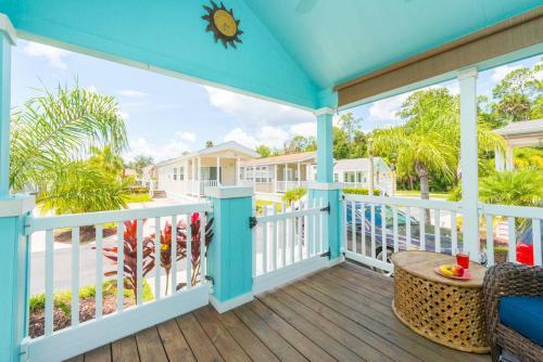 It's A Small World - Kissimmee, FL 34746