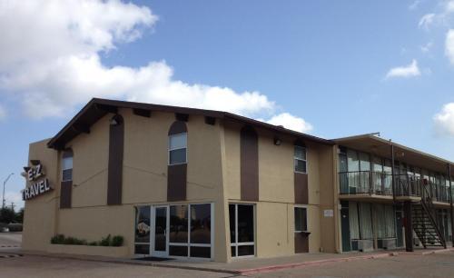Ez Travel Inn College Station - College Station, TX 77840