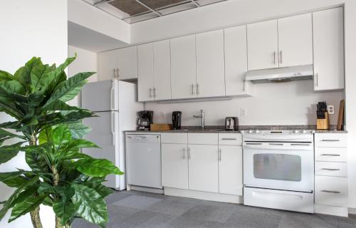 Two-bedroom On Loyola Avenue Apt 611 By Sonder