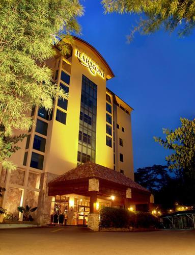Harmoni Suites Hotel impression