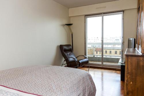 Appartement 3 Chambres Sur Oberkampf, Paris, France.