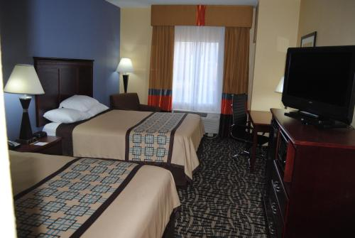 Days Inn and Suites - Prattville Photo