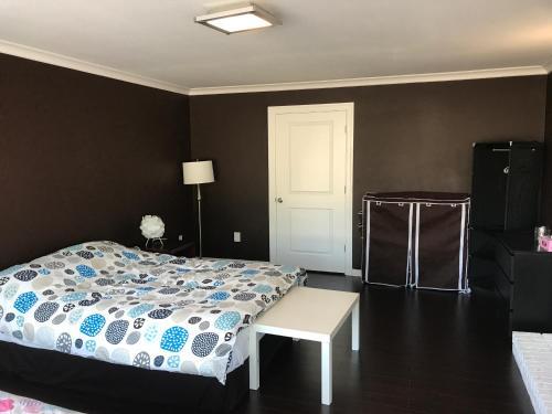 W&s Home - Burnaby, BC V3N 1X5