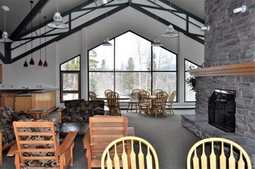 Dillon Wildernest Resort By Rocky Mountain Resort Management - Dillon, CO 80435