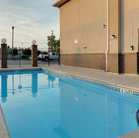 The Executive Inn - Waynesboro, GA 30830