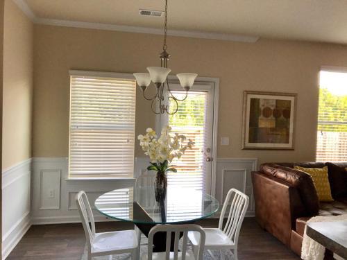 Stablegold Executive Home - Fairburn, GA 30213