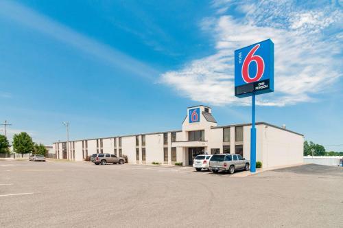 Motel 6 Oklahoma City OK South Photo