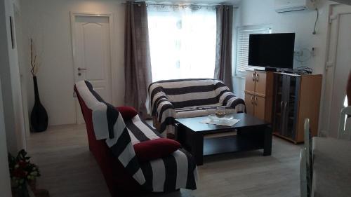 Apartment Supetarska Draga - Donja 2022a