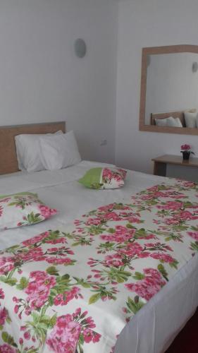 Hotel Semiramis photo 36