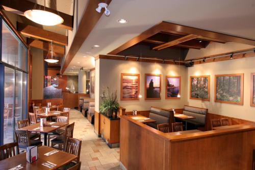 Gec Granville Suites Downtown - Vancouver, BC V6Z 2W6
