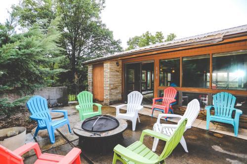 The Lodge At Beaver Lake B&b - Rogers, AR 72756