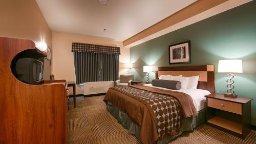 Best Western Plus Chena River Lodge Photo