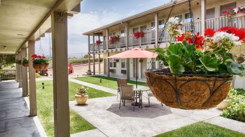 Best Western Beach Dunes Inn Photo
