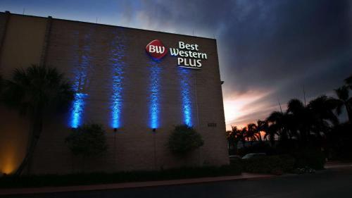 Best Western Plus Siesta Key Gateway Photo