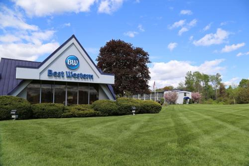 Best Western at Historic Concord Photo