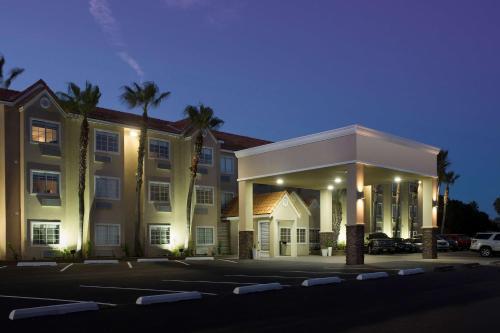 Best Western Beachside Inn Photo