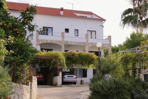 Apartment Jelsa 5703a