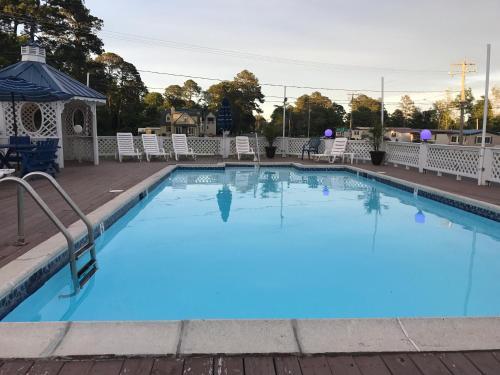 Chincoteague Inn Hotel Island