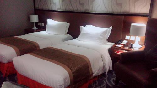 Jianguo Hotel photo 40