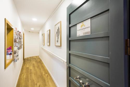 Amister Apartments photo 23